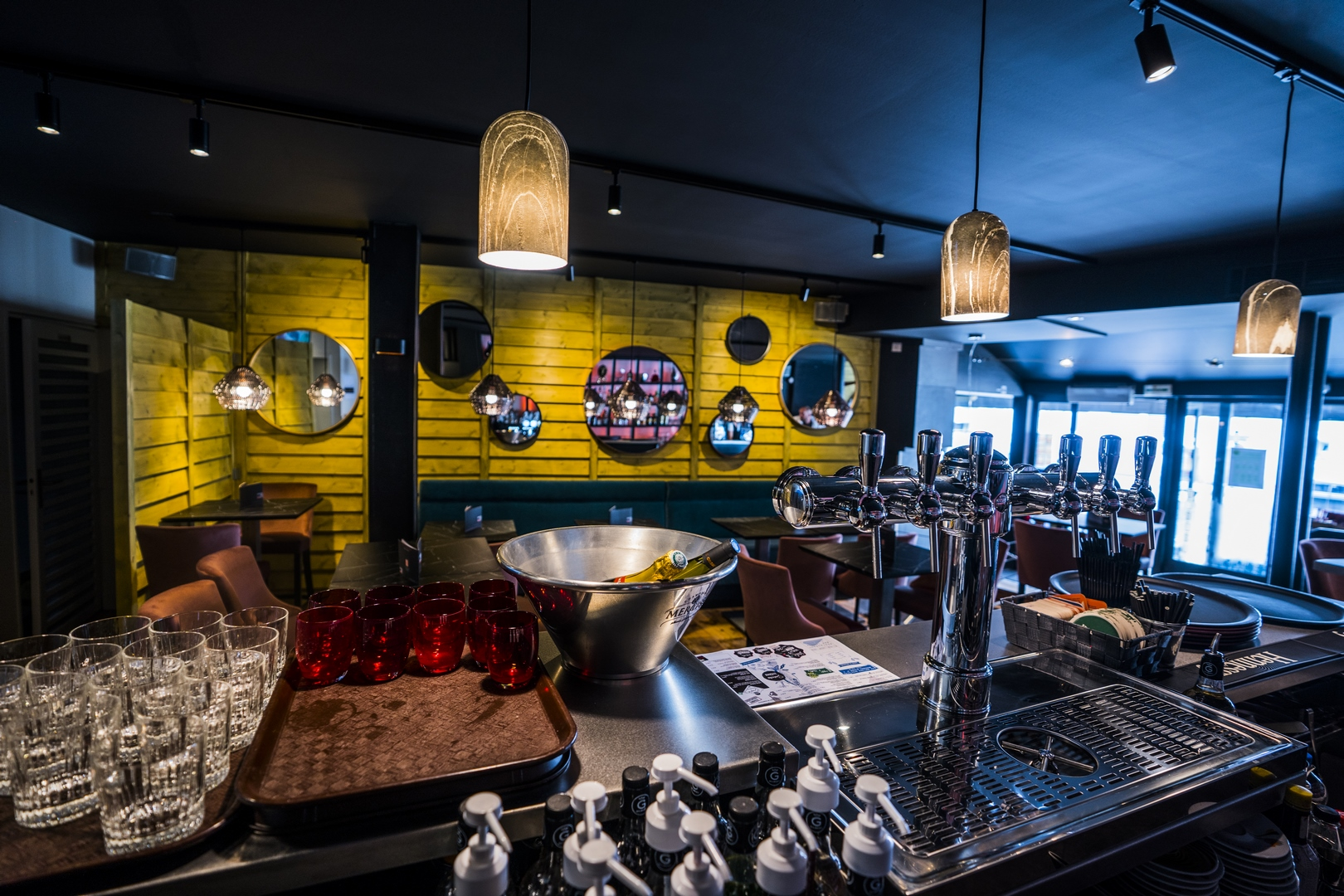 Le Cabana grande salle restaurant Angoulême